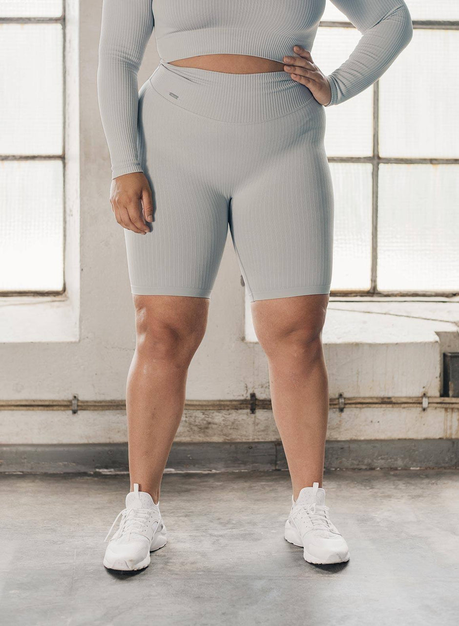 CLOUD RIBBED BIKER SHORTS
