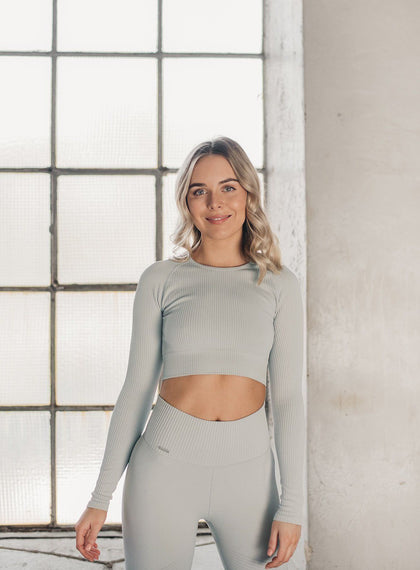 CLOUD RIBBED SEAMLESS CROP LONG SLEEVE aim'n sportswear
