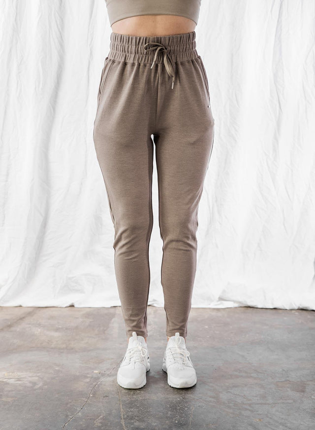 ESPRESSO COMFY SWEAT PANTS aim'n sportswear