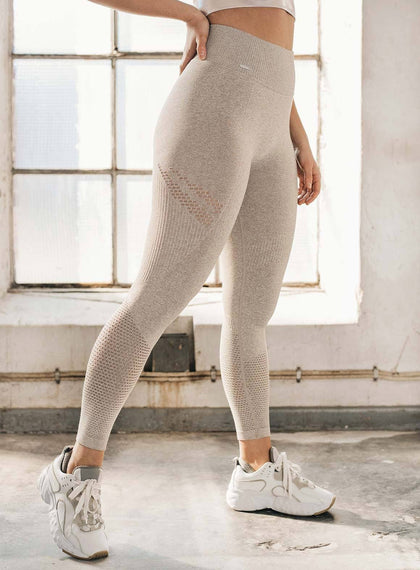 LATTE STATEMENT SEAMLESS TIGHTS aim'n sportswear