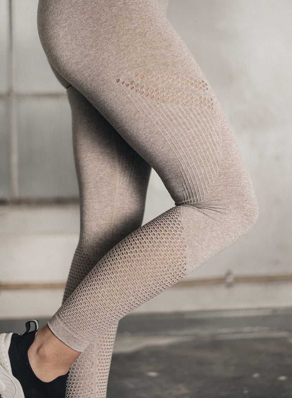 LATTE STATEMENT SEAMLESS TIGHTS