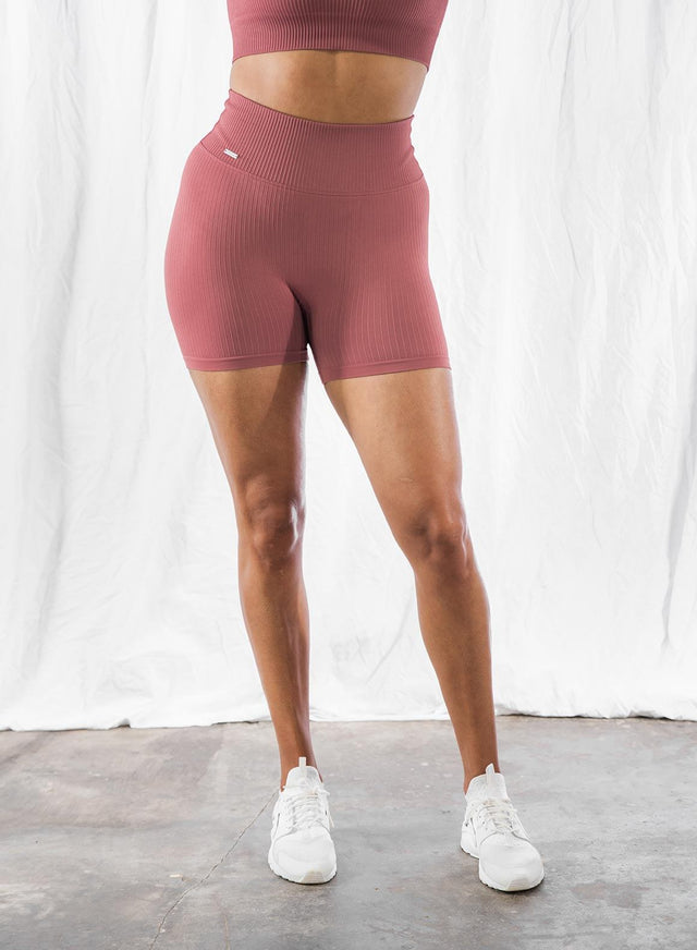 PINK BEAT RIBBED MIDI BIKER SHORTS aim'n sportswear