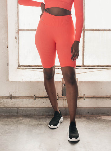 VITAMIN C RIBBED SEAMLESS BIKER SHORTS aim'n sportswear