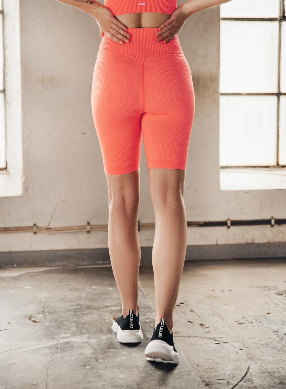 VITAMIN C RIBBED SEAMLESS BIKER SHORTS