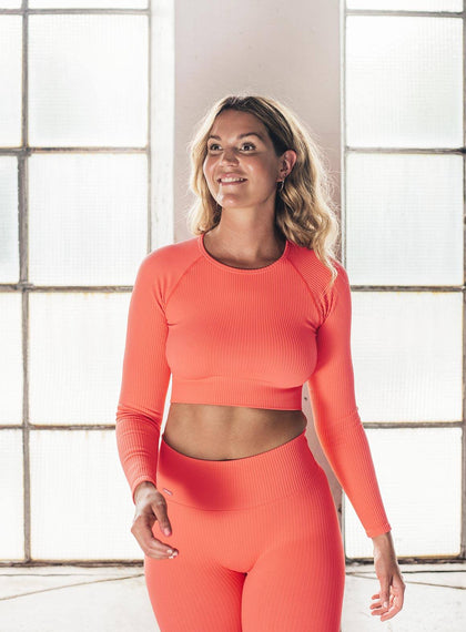 VITAMIN C RIBBED SEAMLESS CROP LONG SLEEVE aim'n sportswear