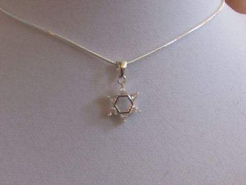 Sm Star of David with crystal