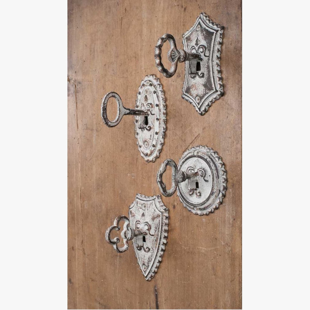 VINTAGE METAL KEY METAL HOOKS - SET OF 4