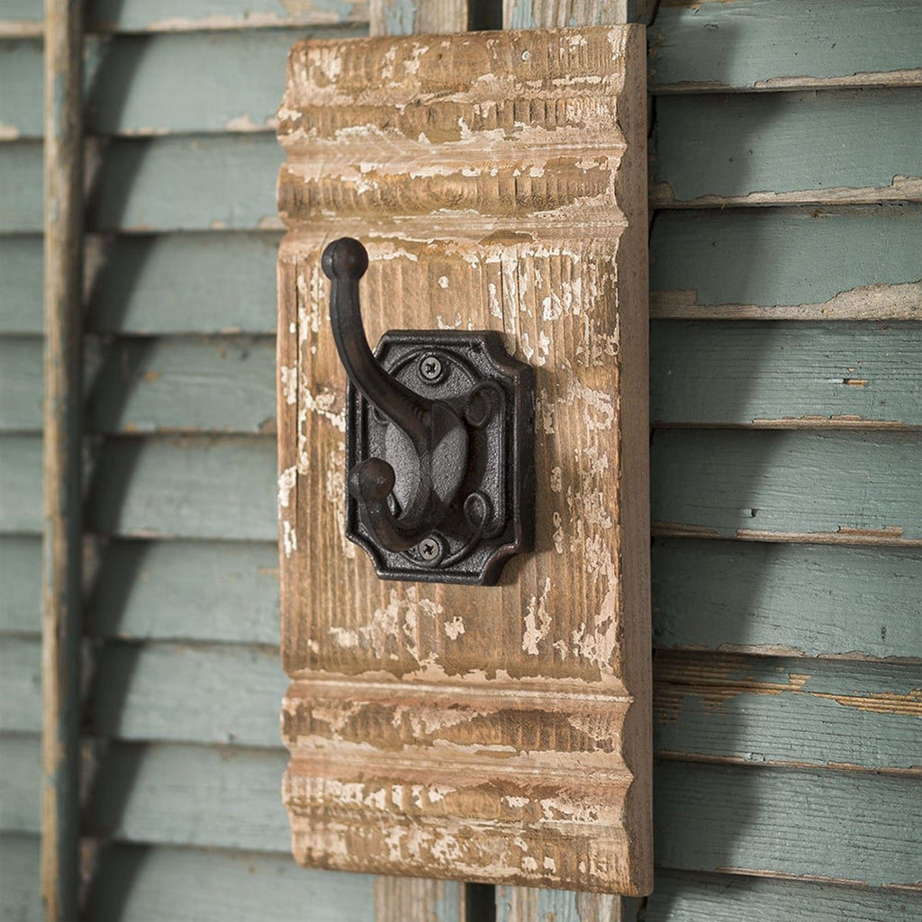 CAST IRON AND WALL HOOK