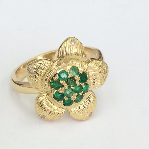 Custom made Emerald Flower ring