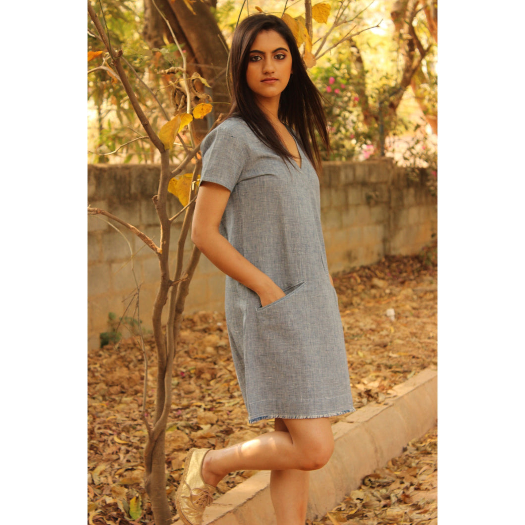 Rhine - L / Indigo (Textured) Organic Cotton (Handwoven) - Shift Dress