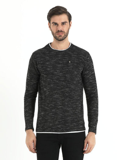 SAYKI Men's Black Crewneck Sweatshirt