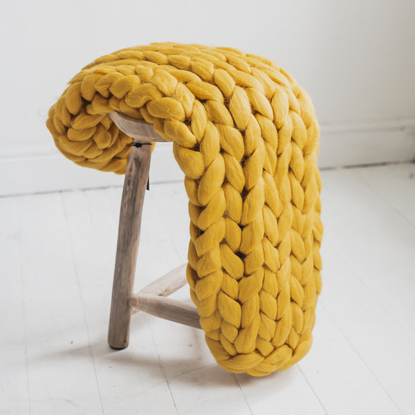 Chunky Knit Merino Wool Blanket in Mustard Yellow