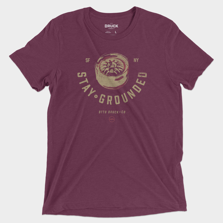 Druck Stay Grounded Graphic Tee