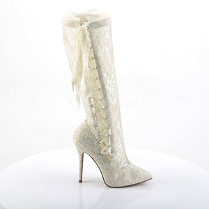 Burlesque white boots