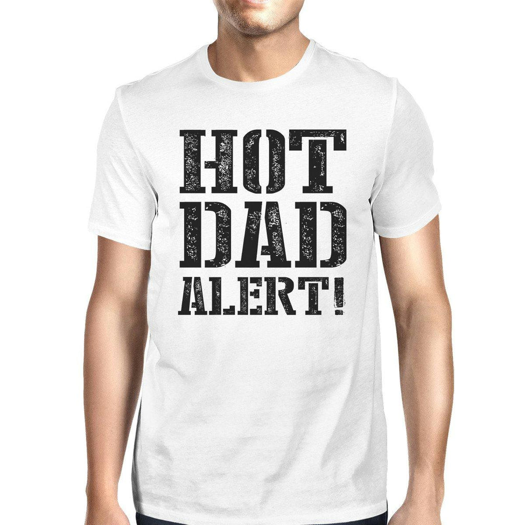 Hot Dad Alert Men's Graphic T-Shirt Funny Fathers Day Gift For Him