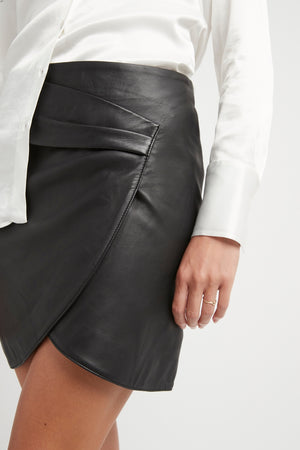 THE CHLOE LEATHER SKIRT