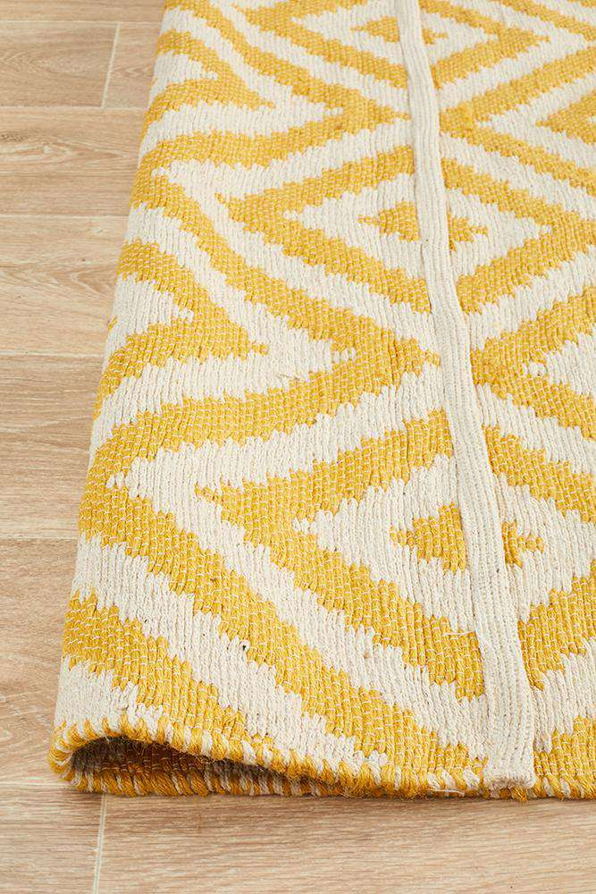Abode Chevron Design Yellow Rug