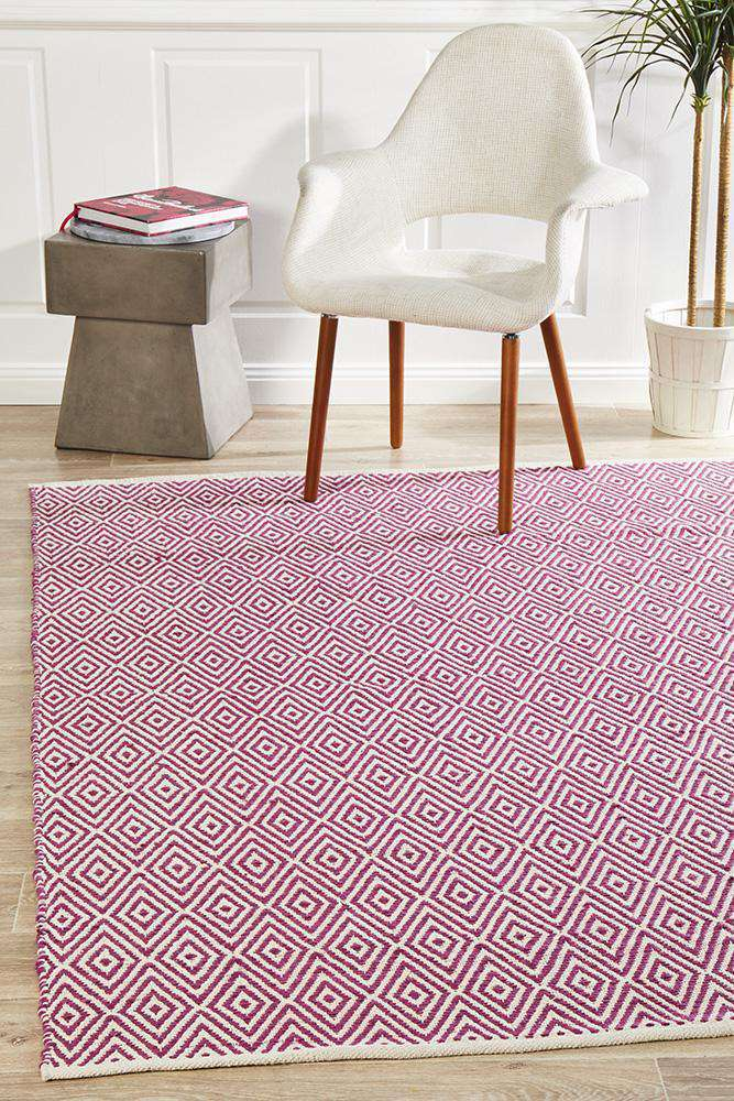 Abode Diamond Design Pink Rug