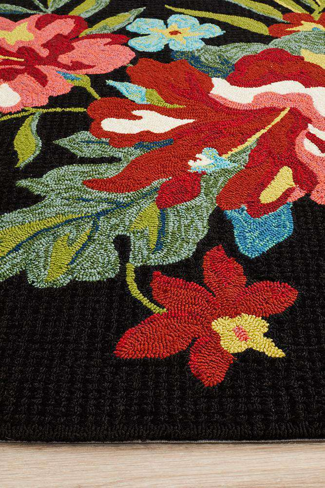 Copacabana Kelsey Bouquet Black Indoor Outdoor Rug