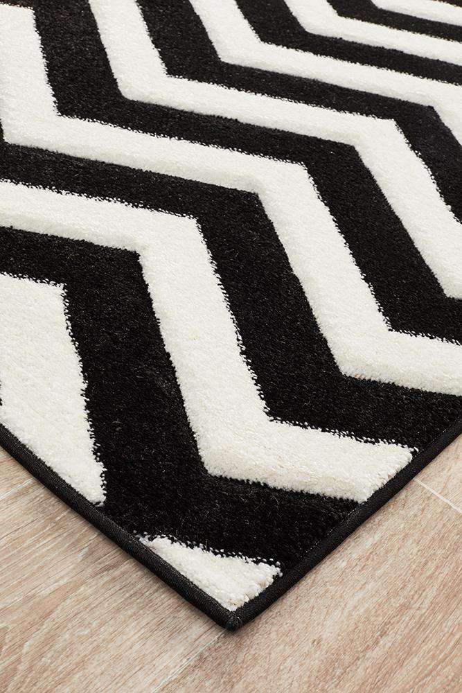 Icon Modern Chevron Design Rug Black White