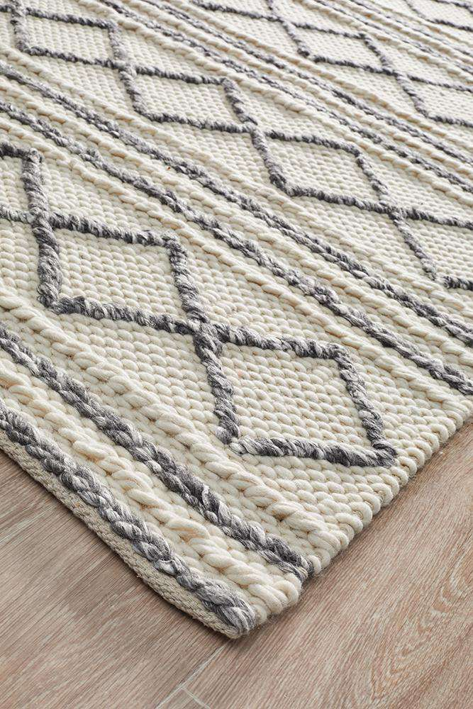 Studio Milly Textured Woollen Rug White Grey