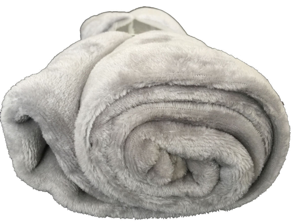 Ultra-Soft Throw Rug (Grey Color)