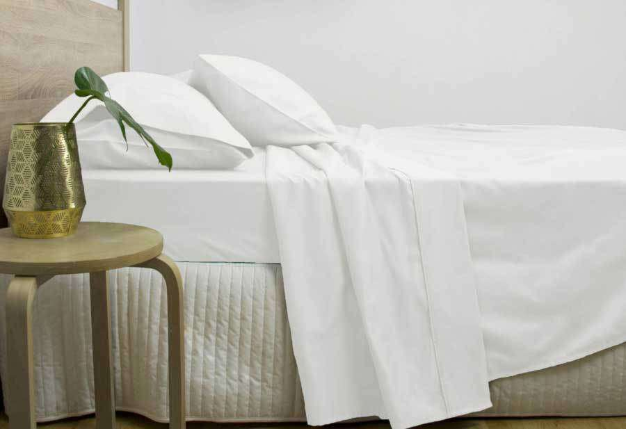 Queen Size 3000TC Cotton Rich Sheet Set (White Color)