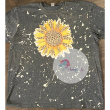 Load image into Gallery viewer, Leopard Sunflower Tee - Get Fleeked Up