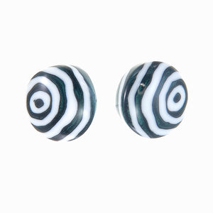 1290503WHITQ00 earring FORME 1bead pin, white