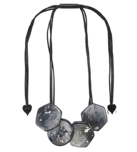 1320102SSGRYQ04 necklace SKY 4beads adjust, grey/silverleaf