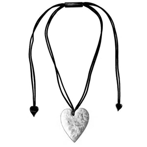 5060203S000Q00 Heart Large Silver S000 (Adj Cord)