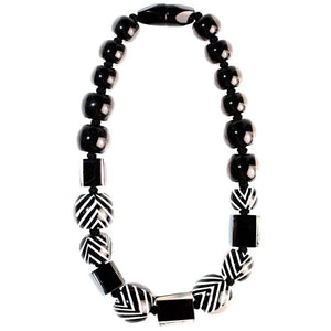 6230101BWHIQ23 101 chevron Black/White