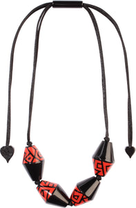 3260102BREDQ04 NYC Necklace 102 Black Red Q04