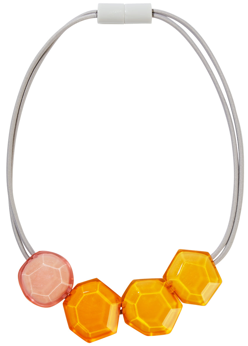 5350151COM1Q04,necklace PLAYA 4beads magnet, combinationorange