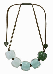 7240103PISTQ05 necklace BELLISSIMA 5beads adjust, pistachio