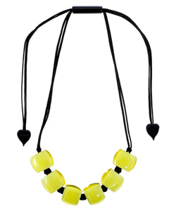 72401069019Q06 necklace BELLISSIMA 6beads adjust, limeinlime