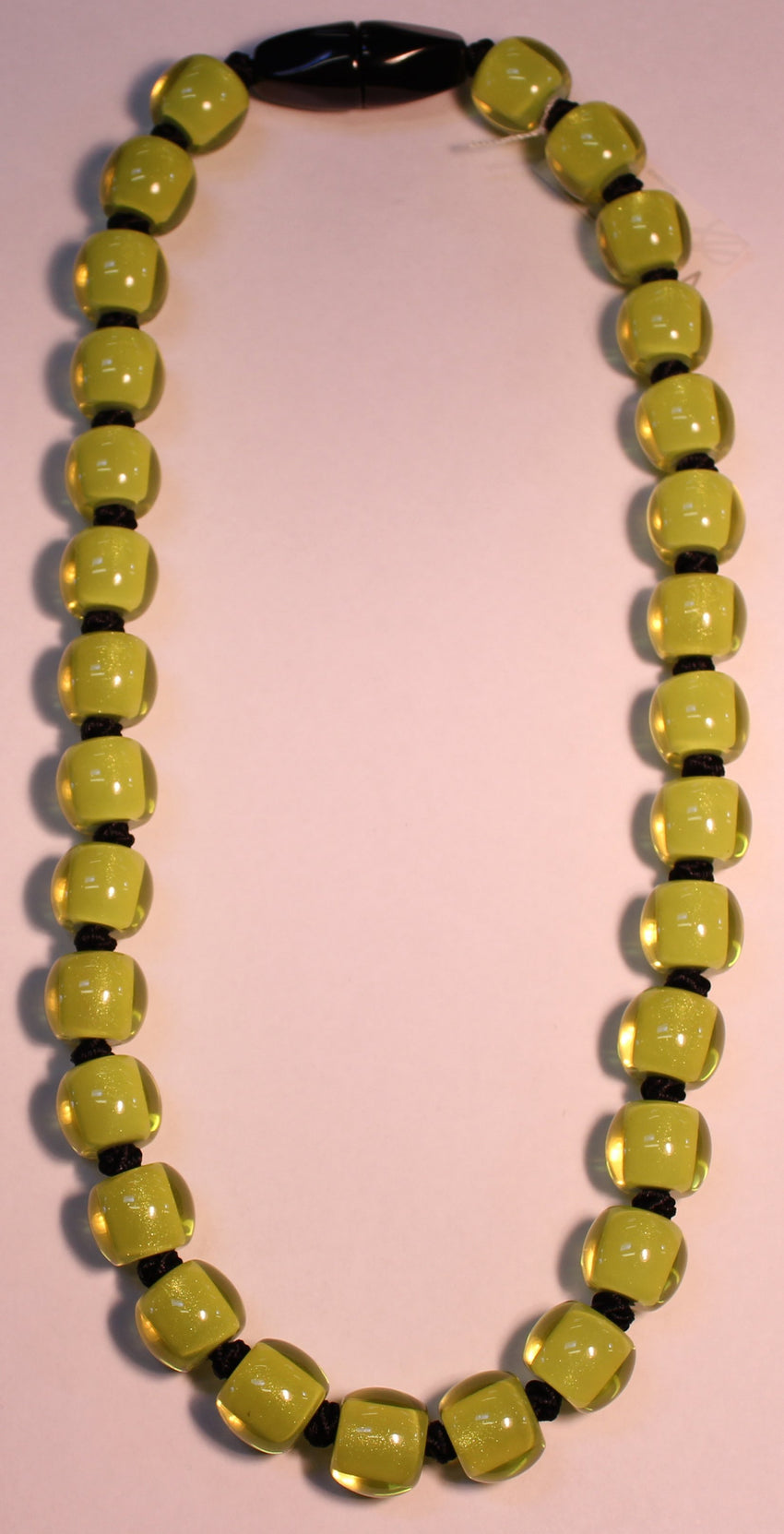 40101199019Q30 Colourful Beads Lime Bead Black 9019 Q30