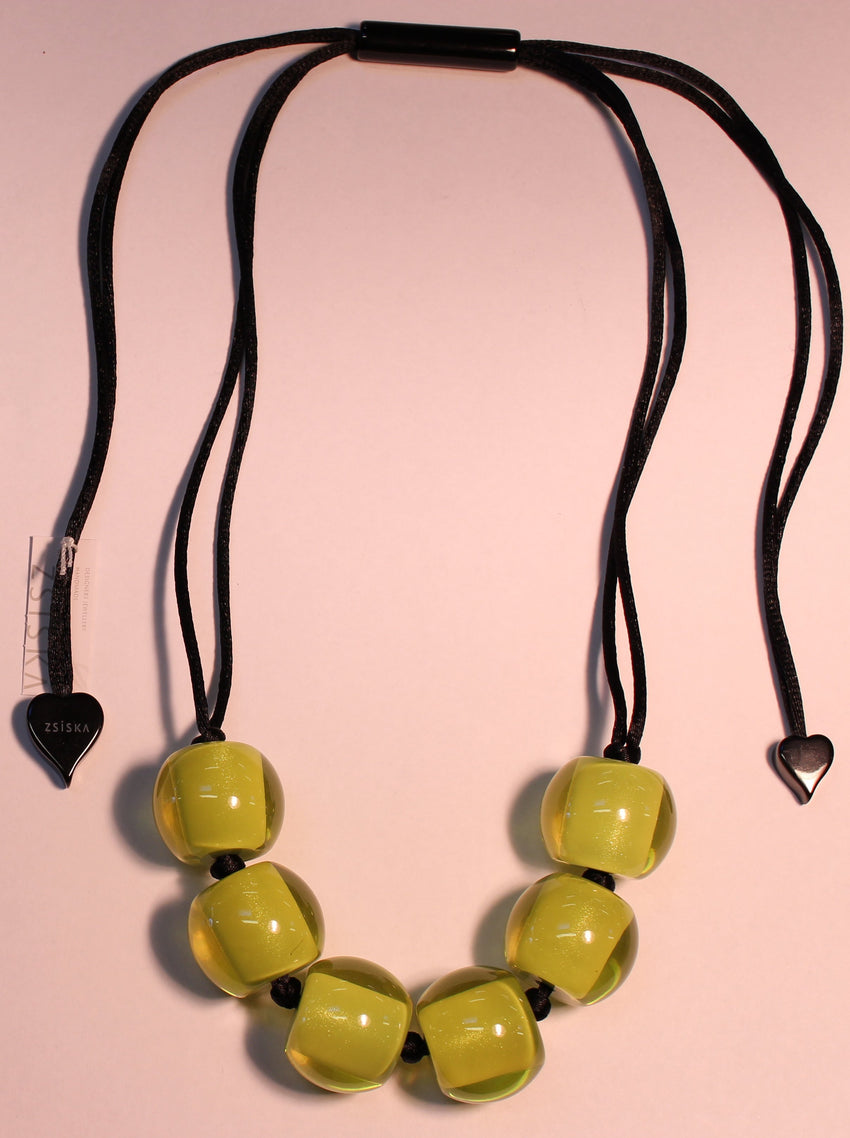 40101209019Q06 Colourful Beads Lime Beads Black Cord 9019