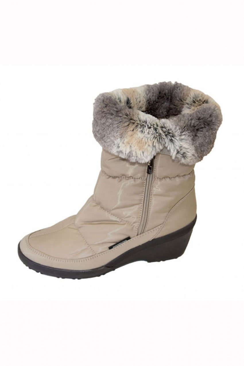 beige-antarctica-boot-style-and-grace
