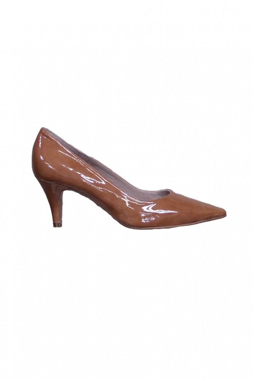Terra Brown Pointed Brenda Zaro Heel Style and Grace
