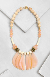 FN002-PE Sea Anemone Flow Necklace Peach