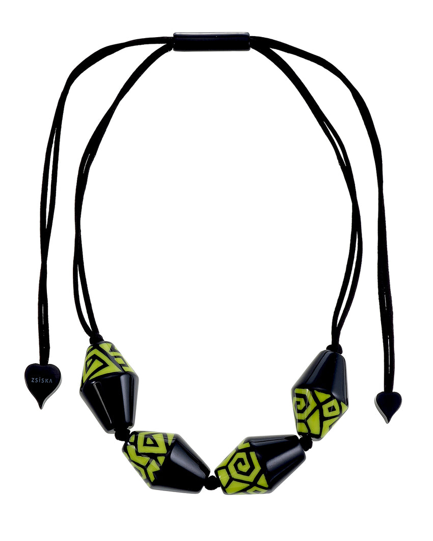 3260102BOLIQ04 NYC Necklace 102 Black Olive Q04