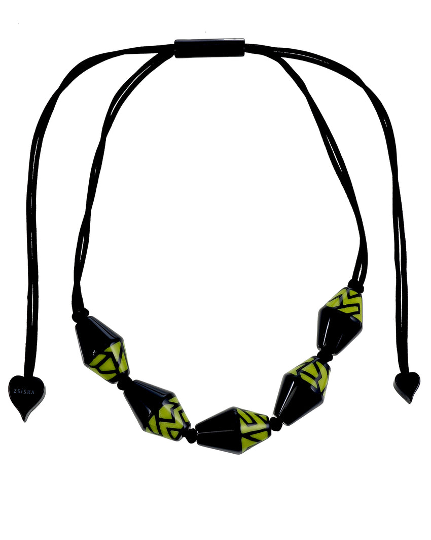 3260103BOLIQ05 NYC Necklace 103 Black Olive Q05