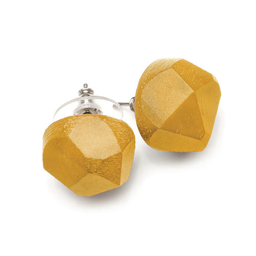 Rough diamond stud