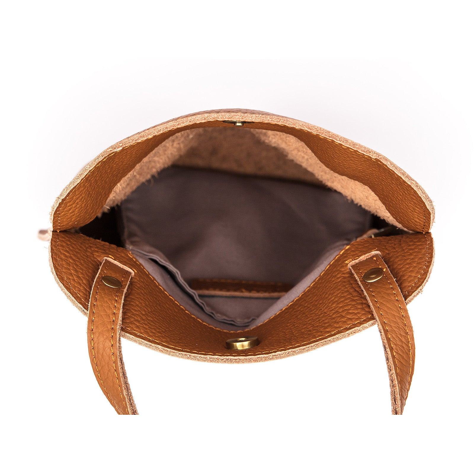 Adventurer leather bag