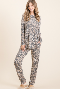 Animal print lounge set **PREORDER**