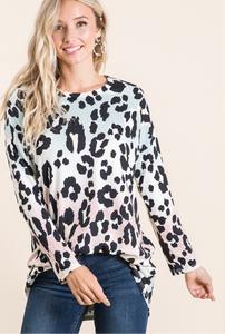 Relaxed animal print top **PREORDER**