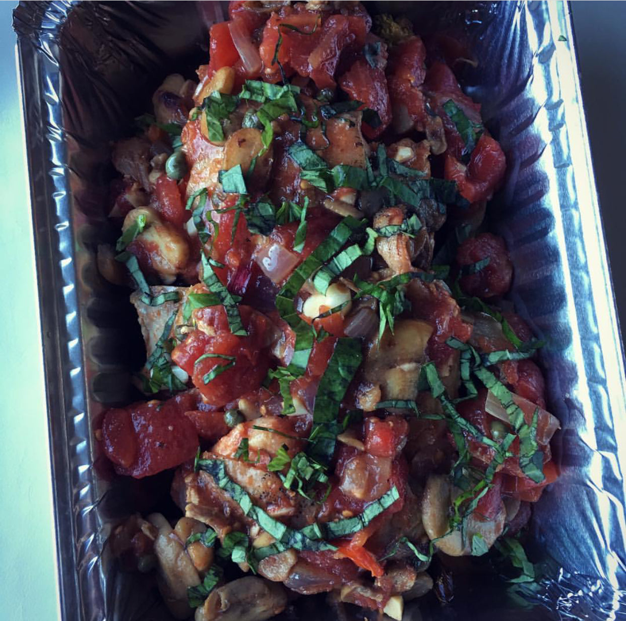 Chicken Cacciatore with Mushrooms and Broccoli