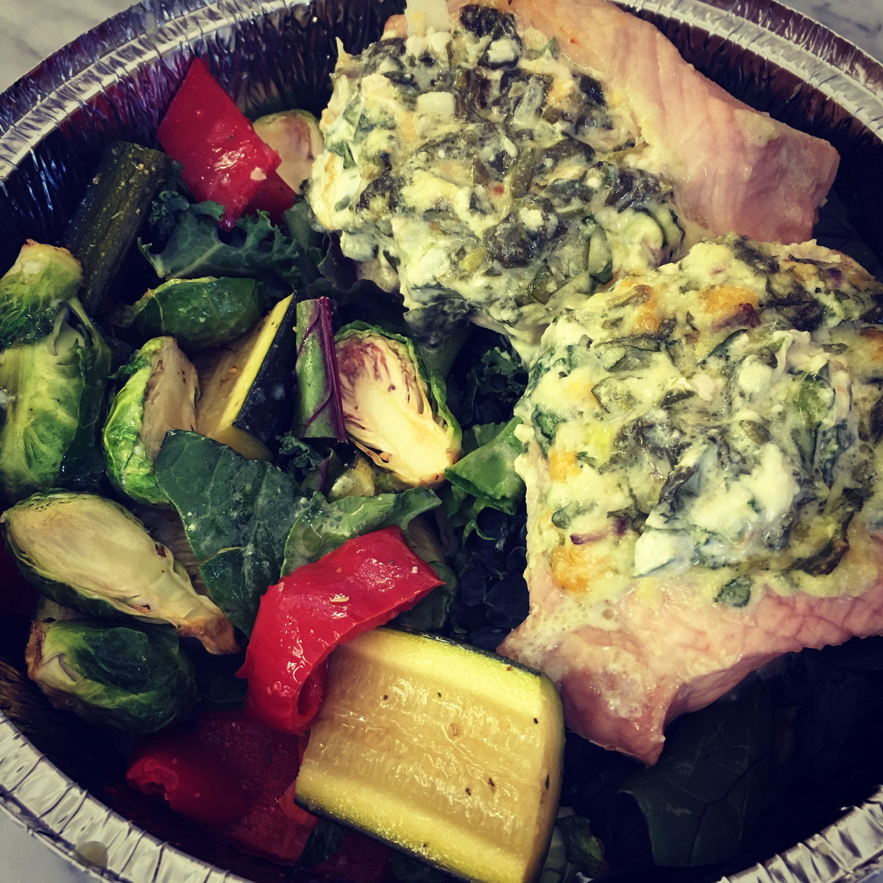 Spinach and Artichoke Stuffed Pork Chops with Veggies