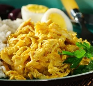 Peruvian Garlic Chicken - Aji De Gallina